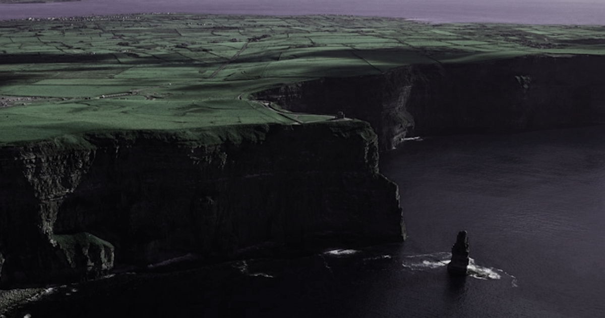 Cliffs of Moher above2.png