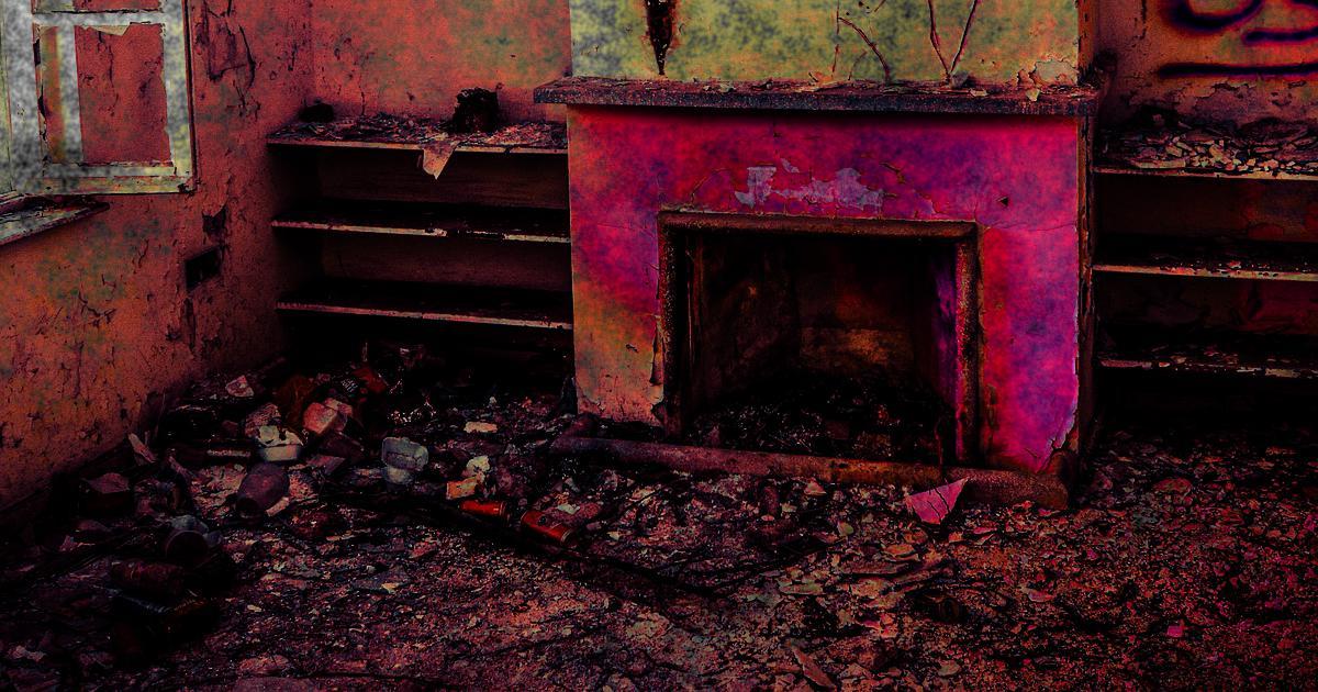 FireplaceGhostHouse.jpg